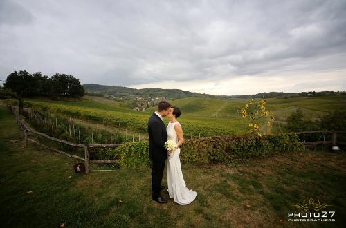 matrimonio immerso nel verde dei vigneti