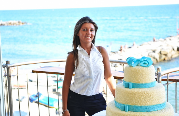 Matrimonio in liguria - wedding planner con wedding cake